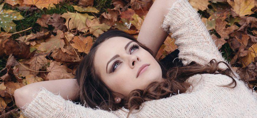 beautiful-girl-2003647_1280