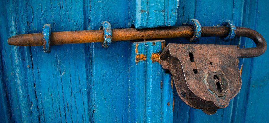 door-1587863_1280